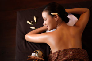 Преимущества и методика тайского массаж