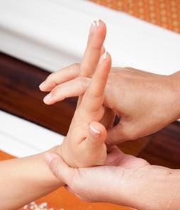 Массаж рук и кистей