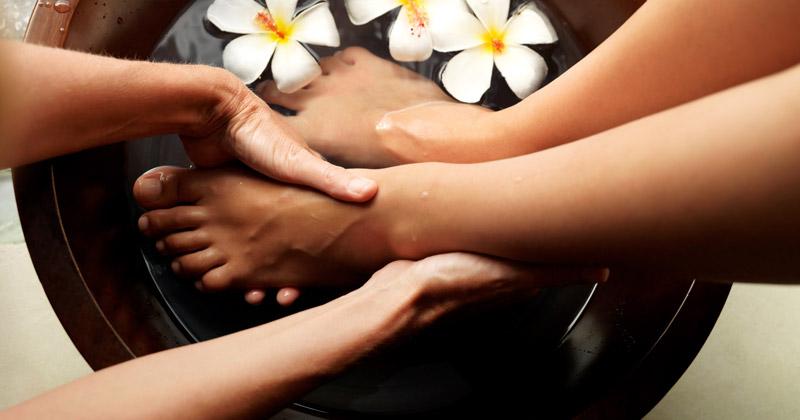 Где профессионально делают тайский массаж стоп описание работы салона Sabai Sabai